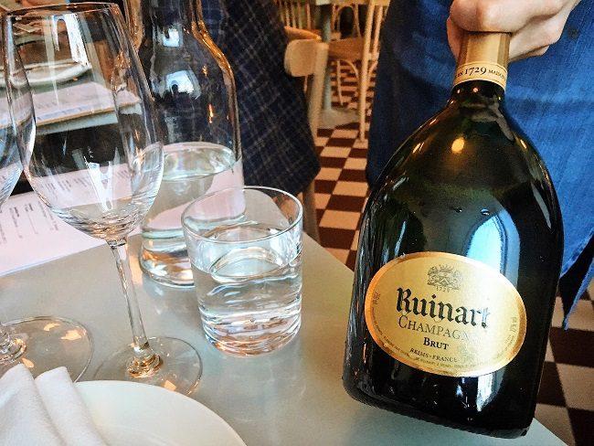 Ravintola Werner Ruinart samppanja