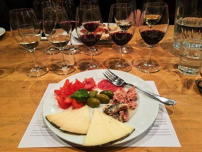 St wine and friends viinitasting Portugalin viinit ja ruoka