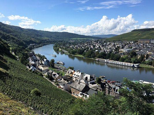 Saksan viinimatka Mosel St Wine and Friends viinikerho