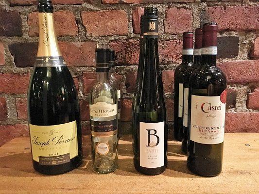Juhlavat juustot ja viinit tasting stwineandfriends viinikerho viinit