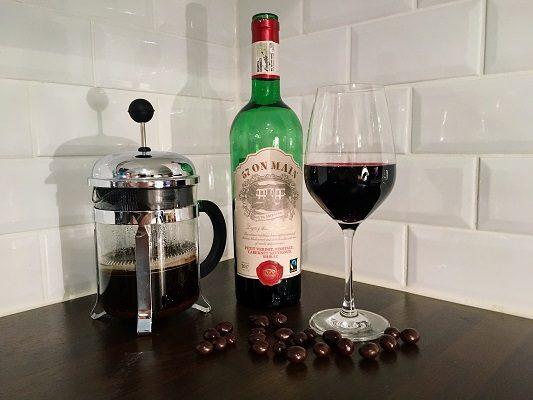 Viinileidien lasissa nyt…57 on Main punaviini