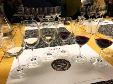 Vuoden viini 2018 tasting Viinilehti viinit st wine and friends viinikerho