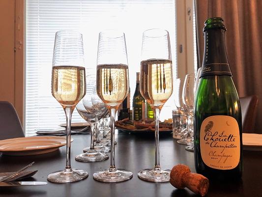 Viinileidien lasissa nyt La Chouette de Champillon samppanja